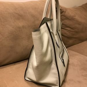 Celine Bags - Medium CELINE PHANTOM LUGGAGE TOTE (discontinued)